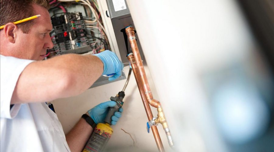 water heater repair plumber